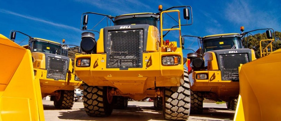 Pro's and Con's of hiring and or buying earthmoving machinery